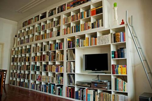 Ganging up Ikea shelves for a striking, cheapass wall-o-books / Boing ...
