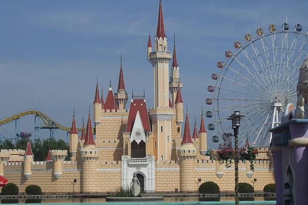 China S Shonky Disneyland A Like Park Closed Boing Boing