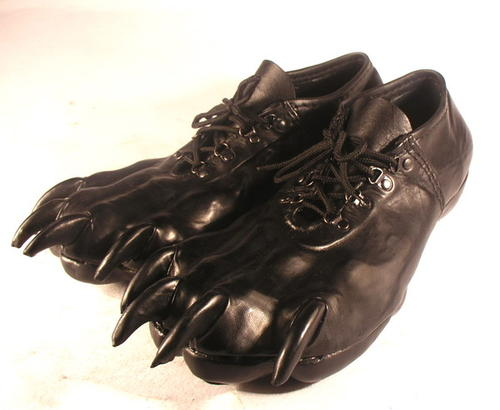 Claw shoes / Boing Boing