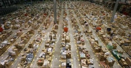 amazonukxmas This Getty Images pic showing Amazon UK's warehouse getting ready for the ...