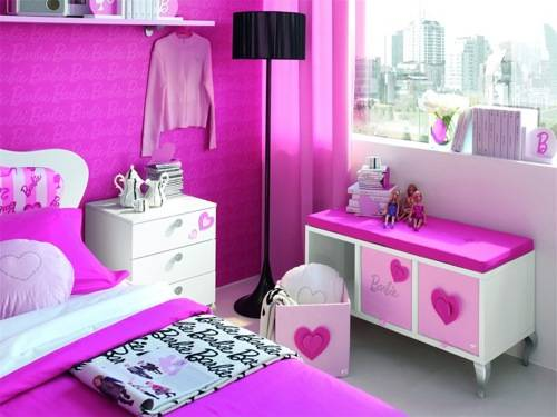 Barbie themed hotel rooms for three year olds that cost 1 600 night boing boing - Camera da letto di barbie ...