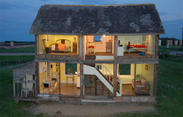 Derelict farmhouse turned into massive doll 39 s house - Bbs dollhouse ...