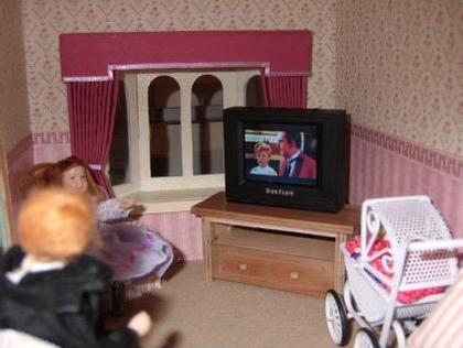 Working Doll House Sized Tvs That Talk To Consoles Cable