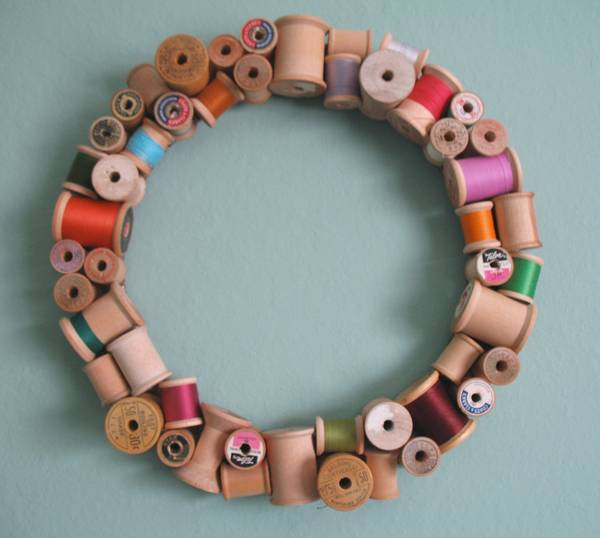Crafts Wth Spools Of Thread