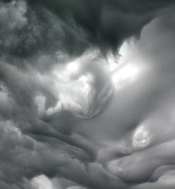 http://craphound.com/images/lenticularclaouds1.jpg