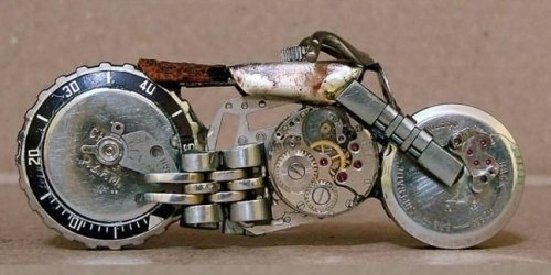 http://craphound.com/images/motorcyclewatchsculpt.jpg